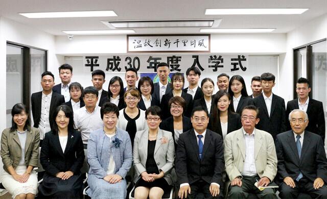 豊富な講師陣が日本語教育を担当します